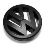 Volkswagen logotipas keisis – rengiamasi spalvingai elektromobilių erai