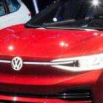 Kritinis laikas elektromobilių erai: sprendimai gali nulemti ateitį